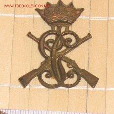 Militaria: INSIGNIA DE CUELLO .CARABINEROS/GUARDIA CIVIL AÑOS 40/43.. Lote 6678462