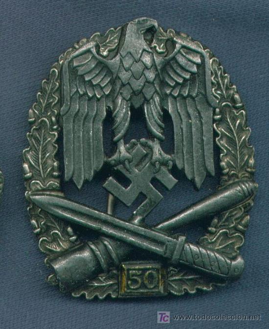 ALEMANIA III REICH. PLACA DE ASALTO GENERAL. 50 ASALTOS. MUY BUENA REPRODUCCIÓN DE LOS 70-80 (Militar - Insignias Militares Extranjeras y Pins)