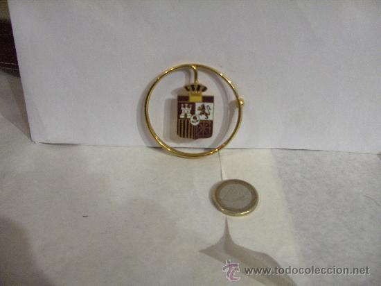 Militaria: Billetero Porta billetes anilla metálica dorada escudo de España esmaltado 5,5 cm. diámetro - Foto 6 - 25545777