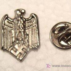 Militaria: PIN MILITAR. ALEMANIA . III REICH. ÁGUILA ALEMANA Y ESVÁSTICA. PARTIDO NSDAP. 100% METAL. . Lote 35151607