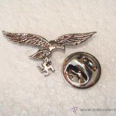 Militaria: PIN ALEMANIA . LUFTWAFFE. ÁGUILA ALEMANA Y ESVÁSTICA. METAL. III REICH. . Lote 110142067