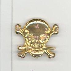 Militaria: INSIGNIA CALAVERA GUERRA CIVIL. Lote 37805649