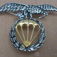 Militaria: INSIGNIA BRIPAC, AGUILA BOINA BRIGADA PARACAIDISTA MEDIDA7X5 CNTS. Lote 188447766