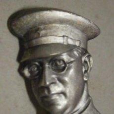 Militaria - Insignia de alfiler, busto del General Mola - 32600400