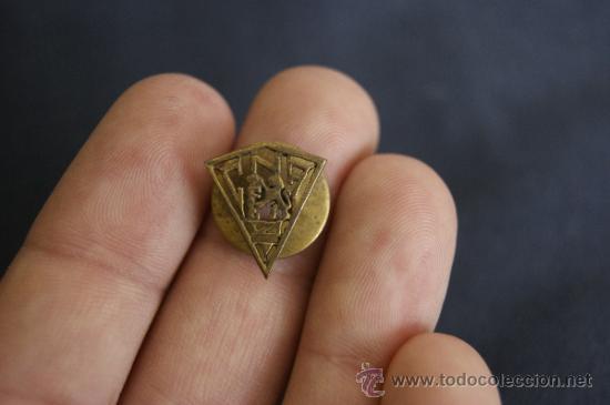 Militaria: Antigua rara insignia a identificar - Foto 2 - 34510656
