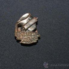 Militaria - Antigua insignia de Industrias Lacambra colectivizada. CNT UGT. Original, guerra civil. - 35495516