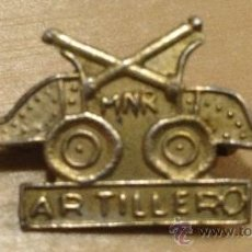 Militaria: EJERCITO CUBANO. EMBLEMA DE ARTILLERO MNR. 3,8CM. RARO.. Lote 36098556