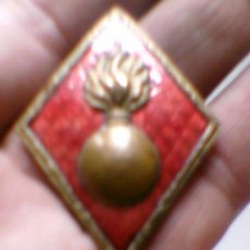 Militaria: INSIGNIA MILITAR CREO ARTILLERIA ROMBO . Lote 36370841