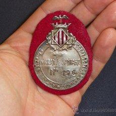 Militaria: ANTIGUA PLACA DE PECHO DE VIGILANTE SANITARIO DE AÑOS 30 DE VALENCIA, RARISIMA. GUERRA CIVIL.. Lote 36375528