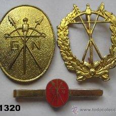 Militaria: LOTE DE 2 INSIGNIA S Y PASADOR - AGUJA - ALFILER DE CORBATA DE LA GUARDIA NACIONAL DE GUINEA. . Lote 37404116