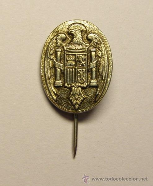 INSIGNIA AGUJA POLICIA ESPAÑOLA, AÑOS 1975-77. (Militar - Insignias Militares Españolas y Pins)