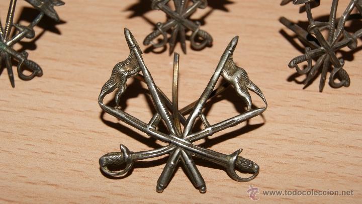 Militaria: Lote de Emblemas de Caballería II República de época Alfonsina de Cuello y Gorra - Foto 7 - 41622654