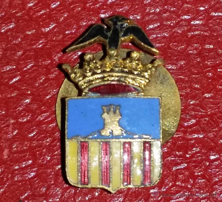 INSIGNIA DE SOLAPA EPOCA DE ALFONSO XIII GRAN CALIDAD DE ESMALTE DE CASTELLON? (Militar - Insignias Militares Españolas y Pins)