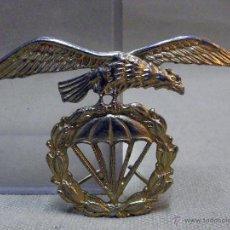 Militaria: ANTIGUA INSIGNIA, MILITAR, PARACAIDISTA. Lote 43287774