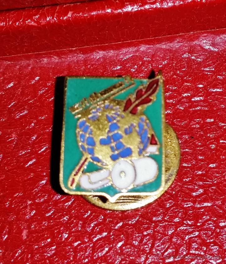 INSIGNIA DE SOLAPA EPOCA DE ALFONSO XIII (Militar - Insignias Militares Españolas y Pins)