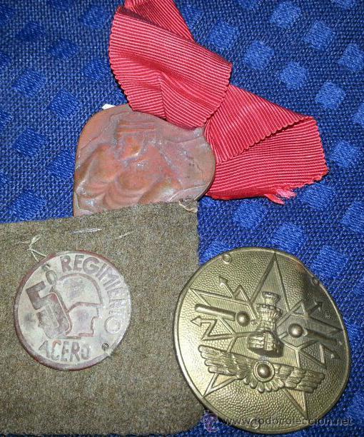 LOTE DE INSIGNIAS REPUBLICANAS (Militar - Insignias Militares Españolas y Pins)