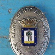 Militaria: ANTIGUA RARA Y PRECIOSA CHAPA DEL - AYUNTAMIENTO DE MADRID - GUARDA JURADO - ESCUDO EN ESMALTE AL FU. Lote 43485803