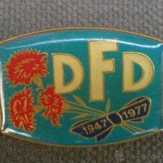 Militaria: INSIGNIA DE LOS 30 AÑOS DFD EN DDR ALEMANIA 1947 - 1977 DEUTSCHE FRAUENBUND. Lote 44742452