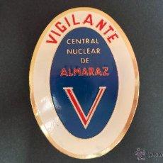 Militaria: GUARDA JURADO, PLACA DE VIGILANTE DE LA CENTRAL NUCLEAR DE ALMARAZ. Lote 45715611