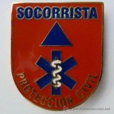 Militaria: INSIGNIA - DISTINTIVO SOCORRISTA PROTECCIÓN CIVIL. Lote 49784760