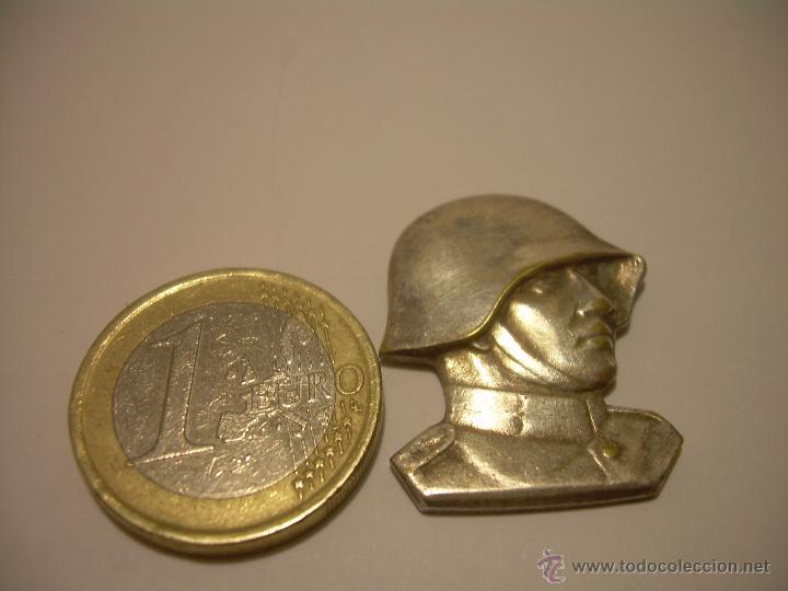 Militaria: ANTIGUA Y RARA INSIGNIA DE BRONCE PLATEADO.....SOLDATEN WEIHNACHT...NAVIDAD 1.940 - Foto 5 - 46234278