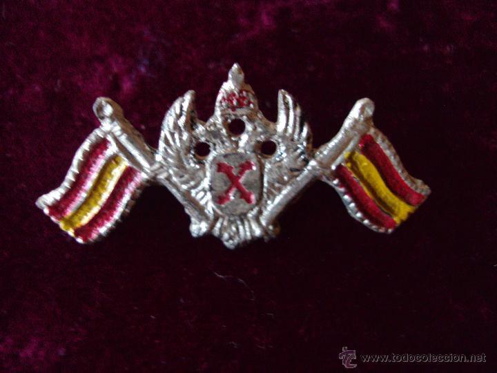 INSIGNIA ALFILER CARLISTA FALANGE GUERRA CIVIL (Militar - Insignias Militares Españolas y Pins)