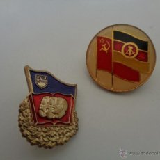 Militaria: 2 INSIGNIAS DE ALEMAN - DDR, 100 % ORIGINAL DE LA EPOCA. Lote 209619291