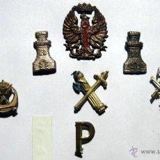 Militaria: 9 INSIGNIAS. Lote 48990390