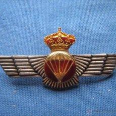 Militaria: INSIGNIA CON ROKISKI PARACAIDISMO - MIDE 9,2 CM. Lote 140825385