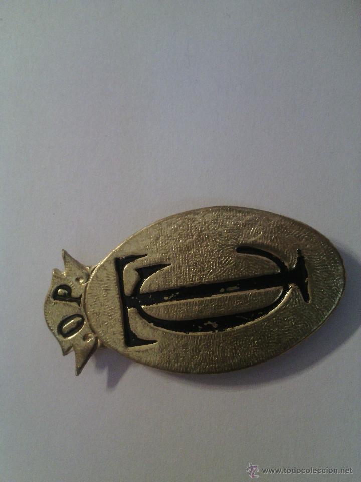INSIGNIA METÁLICA DORADA O.P TC - PEON CAMINERO (Militar - Insignias Militares Españolas y Pins)