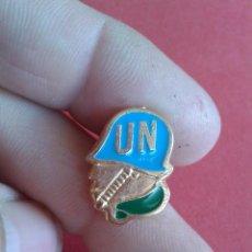 Militaria: PIN DE LA ONU. CASCOS AZULES.. Lote 52956481