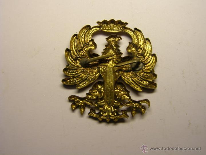 Militaria: Insignia de gorra o boina del Ejército Español, años 60-70. - Foto 2 - 53581090