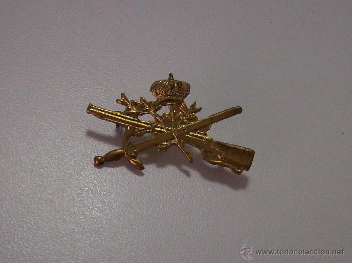 INSIGNIA CAZADORES DE MONTAÑA ALFONSO XIII (Militar - Insignias Militares Españolas y Pins)