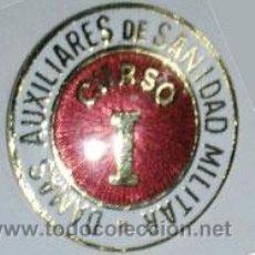 Militaria: EMBLEMA DE PECHO DE DAMAS AUXILIARES DE SANIDAD MILITAR PRIMER CURSO. Lote 54501305