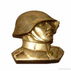 Militaria: ANTIGUA Y RARA INSIGNIA DE BRONCE PLATEADO.....SOLDATEN WEIHNACHT...NAVIDAD 1.940. Lote 46234278