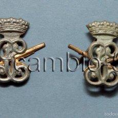 Militaria: 2 INSIGNIAS DE CUELLO GUARDIA CIVIL-CARABINEROS. RÉGIMEN ANTERIOR. Lote 56186624