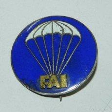 Militaria: INSIGNIA AVIACION, PRECIOSO EMBLEMA DE PARACAIDISTA DE LA FAI, MIDE 3 CMS, REVERSO CON ALFILER.. Lote 56680840