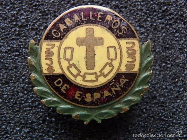 Militaria: (JX-1681) Insignia de ojal de Caballeros cautivos por españa,Guerra Civil,realizada en Portabella - Foto 3 - 57435727
