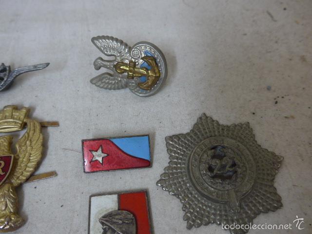 Militaria: Gran antiguo lote de 20 medallas y insignias extranjeras, variedad, hay de raras, medalla, insignia - Foto 9 - 57609837