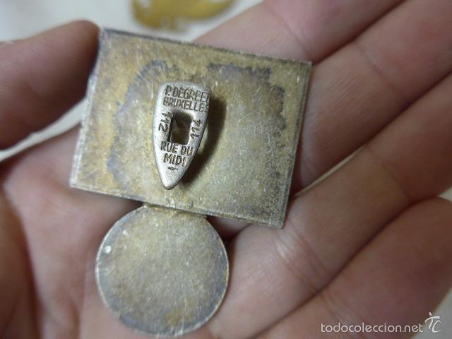 Militaria: Gran antiguo lote de 20 medallas y insignias extranjeras, variedad, hay de raras, medalla, insignia - Foto 14 - 57609837