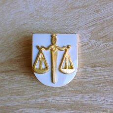 Militaria: ESTUPENDO DISTINTIVO DE FUNCION DE POLICIA JUDICIAL DE LA GUARDIA CIVIL, PERFECTO ESMALTADO. Lote 57627720