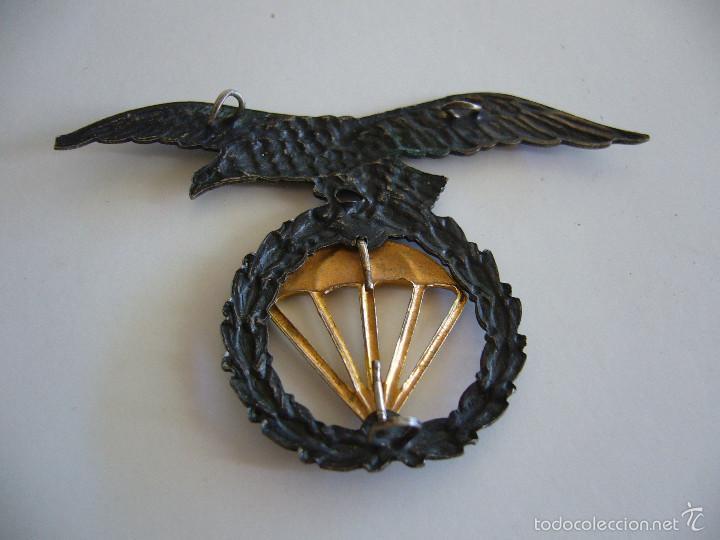 Militaria: Insignia antigua para boina de la brigada paracaidista BRIPAC Paracas - Foto 2 - 58222560