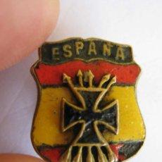 Militaria: MUY RARA INSIGNIA DIVISION AZUL ORIGINAL DE EPOCA FRANCO CRUZ DE HIERRO ESPAÑA DE SOLAPA OJAL. Lote 58646532
