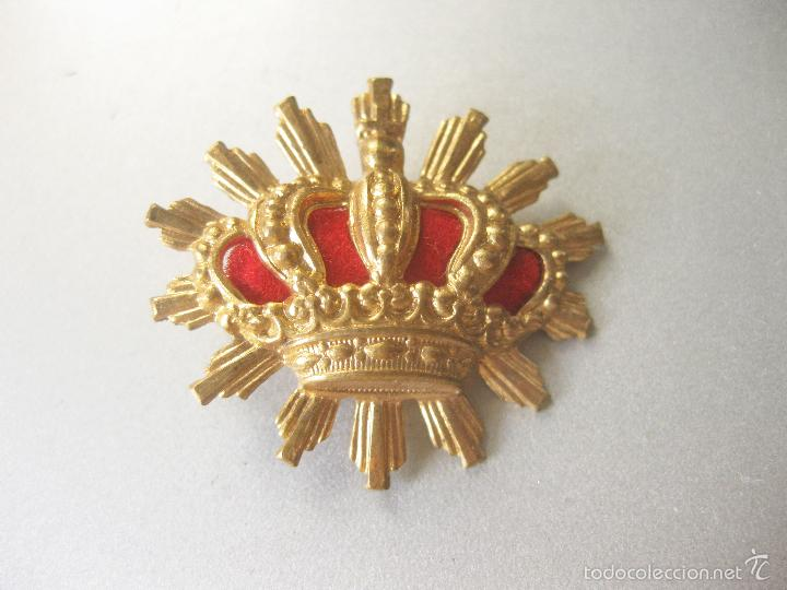 INSIGNIA O CORONA DORADA DE CARABINEROS - 3 CMS DE ANCHA - EPOCA ALFONSO XIII (Militar - Insignias Militares Españolas y Pins)