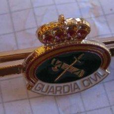 Militaria: PASACORBATAS GUARDIA CIVIL ALFILER SUJETA CORBATA. Lote 60594387
