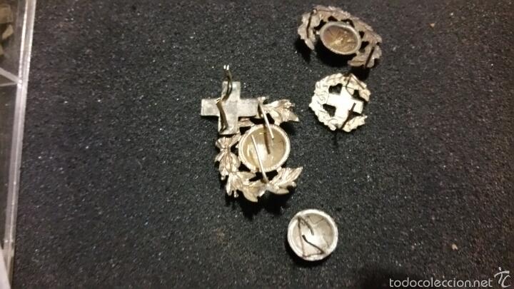 Militaria: Lote de insignias y distintivos para gorras y cuello época Alfonso XIII República Cruz Roja - Foto 3 - 61245941