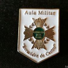 Militaria: DISTINTIVO O INSIGNIA DEL AULA MILITAR BERMÚDEZ DE CASTRO. Lote 62003444
