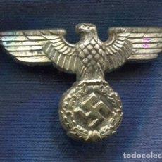 Militaria: ALEMANIA III REICH. AGUILA DE GORRA DEL NSDAP Y PRIMER MODELO DE LA WEHRMACHT. ZINC.. Lote 63920139