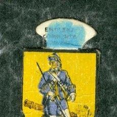 Militaria: EMBLEMA AUXILIO SOCIAL INFANTERIA ESPAÑOLA. Lote 66188198