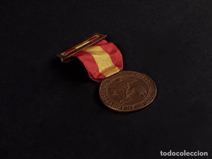 MEDALLA CONMEMORATIVA DE LA DIPUTACION DE VIZCAYA (Militar - Insignias Militares Españolas y Pins)